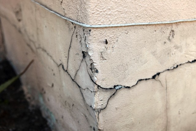 foundation-crack-repair